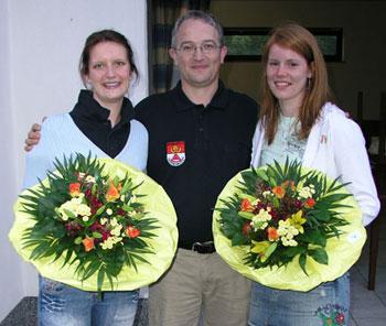 Ehrung von Isabelle Knocke und Begrüßung von Nicole Höschen